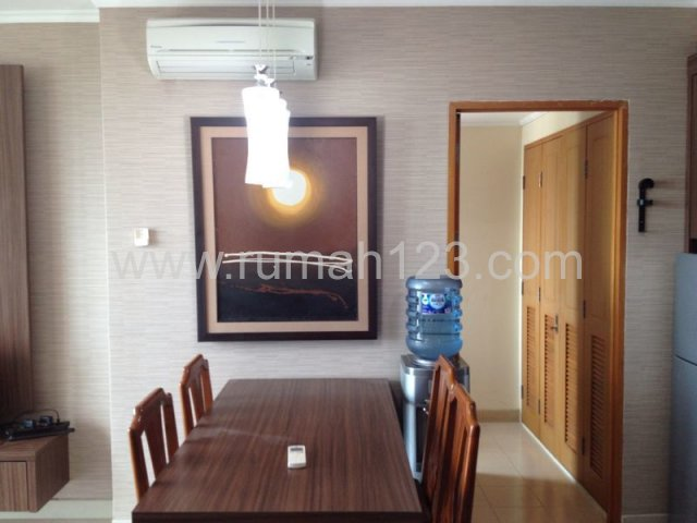 Apartment Hampton Park  2bdr,$1800/month, Terogong, Jakarta Selatan