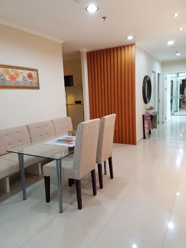 Apartement Hamptons 3BR, Golf View, Terogong, Jakarta Selatan