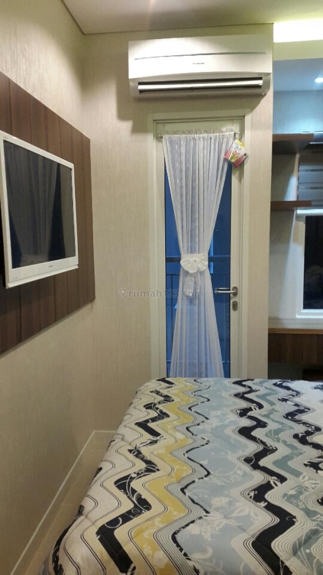 Apartemen Madison Park type Studio Sudah Fully Furnished Bagus,Tinggal Bawa Koper,Harga masih bisa nego, Grogol, Jakarta Barat