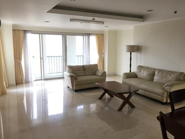 Newly renovated - Golfhill Terrace, Pondok Indah, Jakarta Selatan