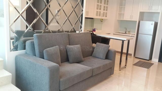 Apartemen Baru Full Furnished..Strategis...Bagus!!, Kebon Jeruk, Jakarta Barat