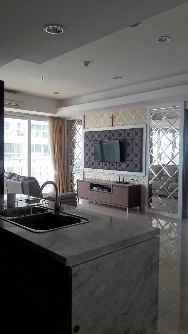 Apartemen Royale Springhill Fully Furnished, Strategis dan Mewah, Kemayoran, Jakarta Pusat