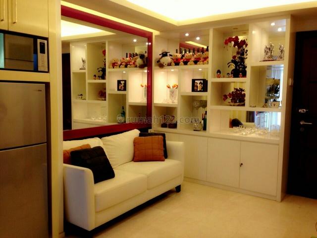 Apartemen royal mediterania tower lavender lt tinggi, S Parman, Jakarta Barat