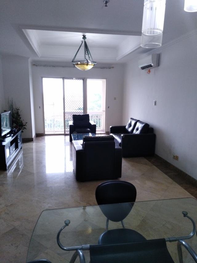 Kedoya elok apartemen 3+1br, Low zone, South tower, view city, Kedoya, Jakarta Barat