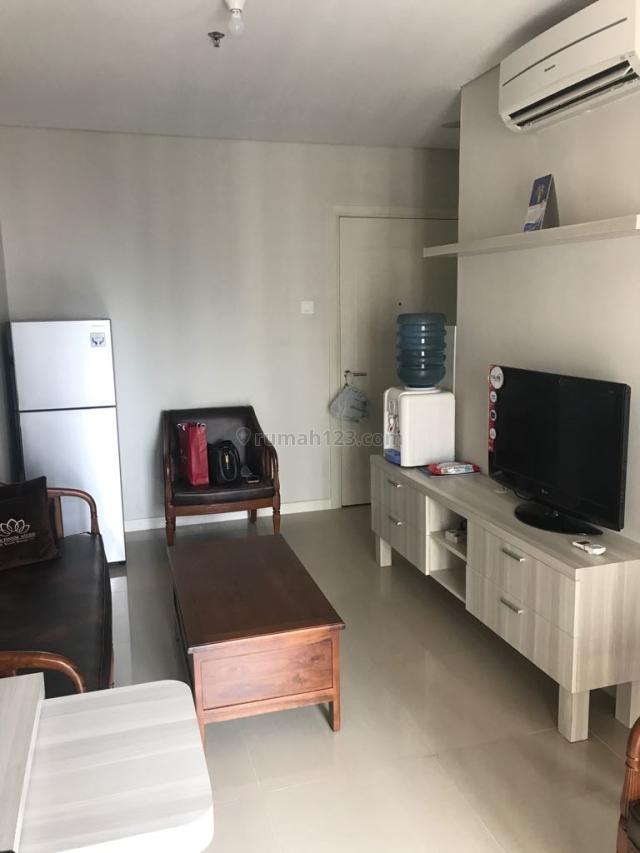 Madison Park 2 Kamar 2 Bedroom 2BR Fully Furnish 49,33m2 Lantai Tinggi, Tanjung Duren Selatan, Jakarta Barat