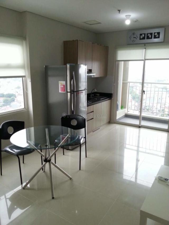 Madison Park 2 Bedroom 2 Kamar 2BR Furnish Simple Posisi Hoek 52,20m2, Tanjung Duren Selatan, Jakarta Barat