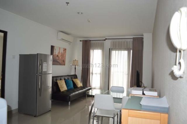 Nice and clean apartment unit in Gatot Subroto. Corner unit, Gatot Subroto, Jakarta Selatan