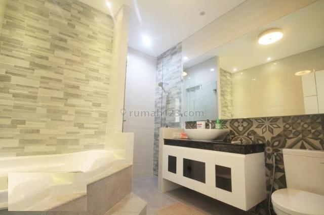 Penthouse Apartement Lippo Kemang Tower Infinity 3 BR Full Furnished, Kemang, Jakarta Selatan