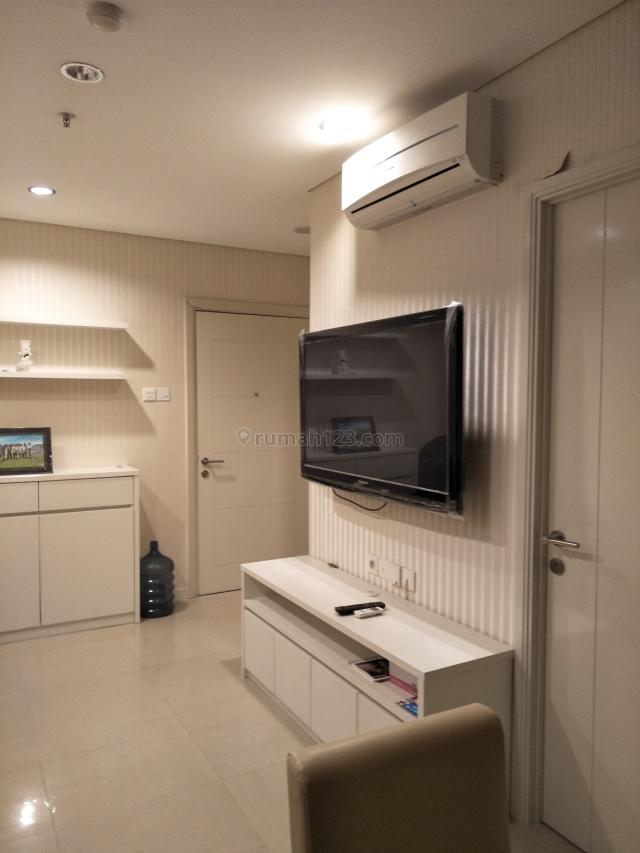 Madison Park 2 Kamar 2 Bedroom Full Furnish 49,33m2 minimal 3 bulan, Tanjung Duren Selatan, Jakarta Barat