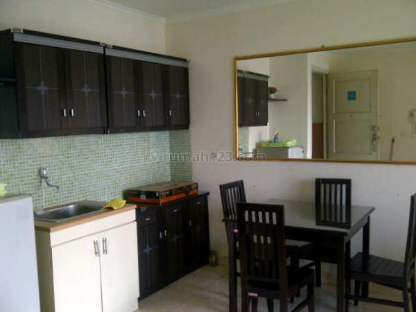 Unit Apartemen Santa Monika Bay MOI, Kelapa Gading, Jakarta Utara