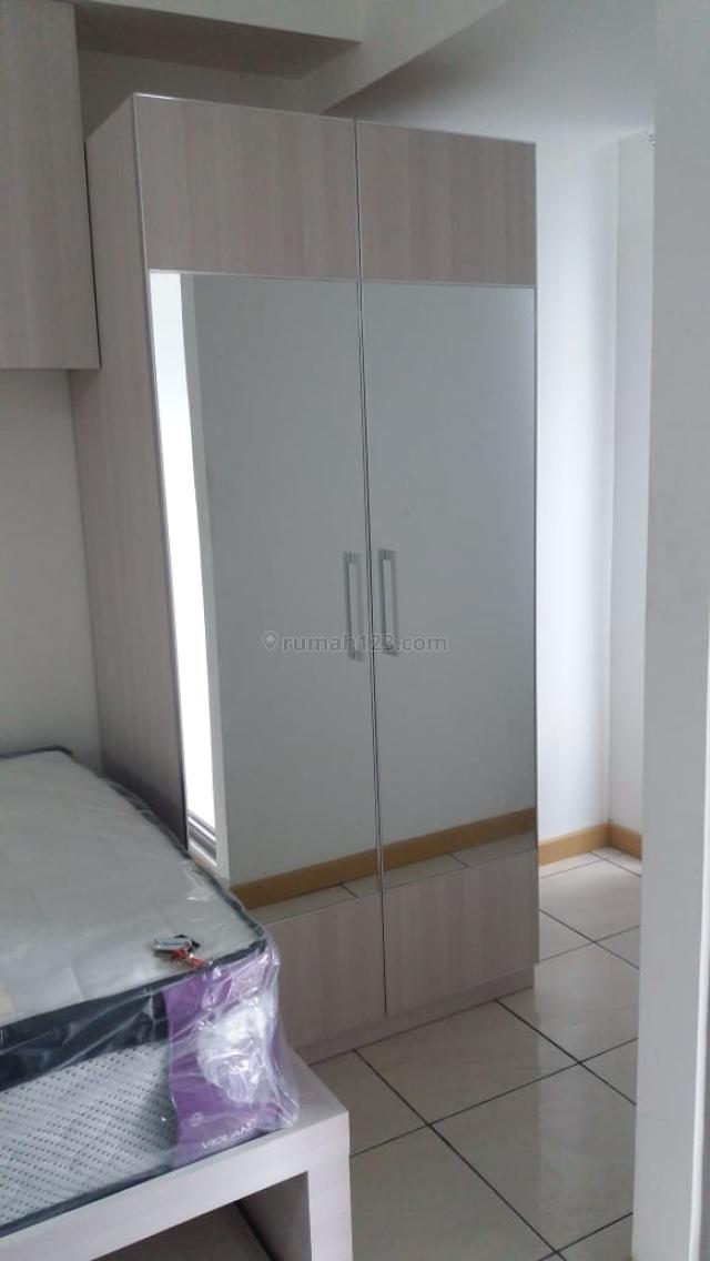 M-Town Residence, minimal per 3 bulan, studio,semi furnish, view pool, Depan Mall Gading Serpong Tangerang, Gading Serpong, Tangerang