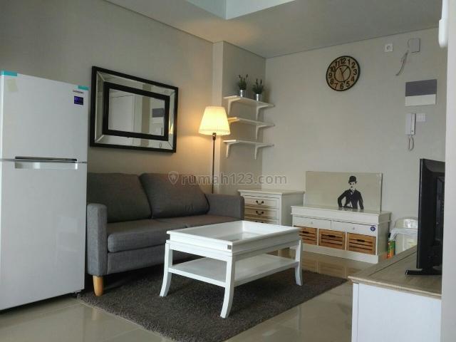 Apartemen Metro Park Furnished Bagus 2BR Middle Floor, Kebon Jeruk, Jakarta Barat