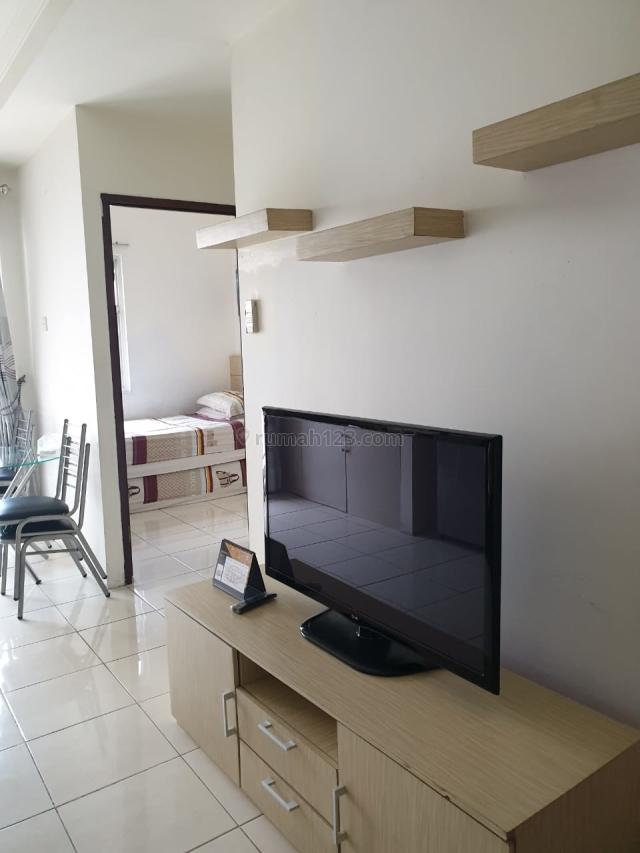 Apartemen Mediterania Garden 2, Furnished Bagus Middle Floor 2br Tower Jasmine, Central Park, Jakarta Barat