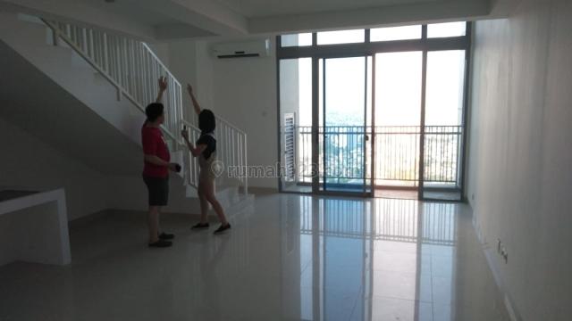 SOHO Residence Super Murah!! 2BT Luas 120m2 Type Ebony, Central Park, Jakarta Barat
