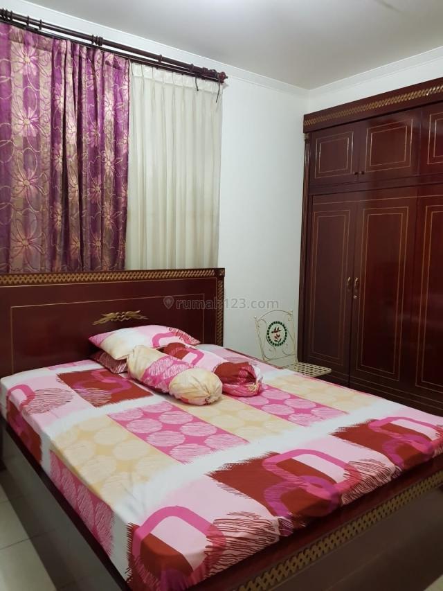 Apart Mediterania Garden 3BR+1 Furnished Bagus Low Floor, Central Park, Jakarta Barat