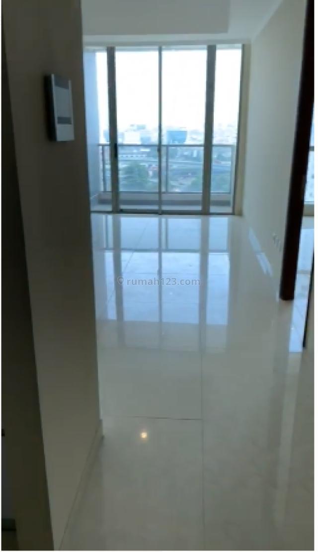 Best Price ! Apartemen Taman Anggrek Residence 2BR+1 Semi Furnish Low Floor Tower C, Taman Anggrek, Jakarta Barat