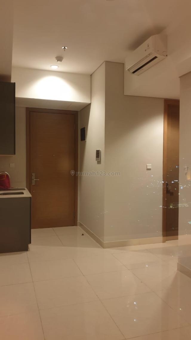 Apartement Taman Anggrek Tower CALYPSO only 70jta, Bangunan BARU dan Nyaman, Taman Anggrek, Jakarta Barat