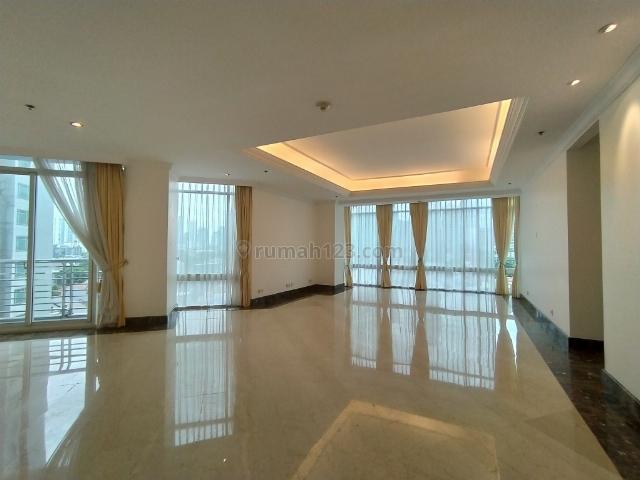 Comfortable Unit with Nice 3 Bedrooms at Four Seasons Apartment, Kuningan, Jakarta Selatan
