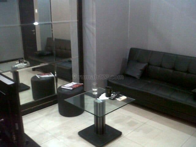 Apartemen Cosmo Mansion 1BR Full Furnished Middle Floor, Tanah Abang, Jakarta Pusat