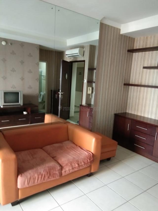 Mediterania Garden 2, 2BR Full Furnish Tower Jasmine Hadap Royal, Central Park, Jakarta Barat