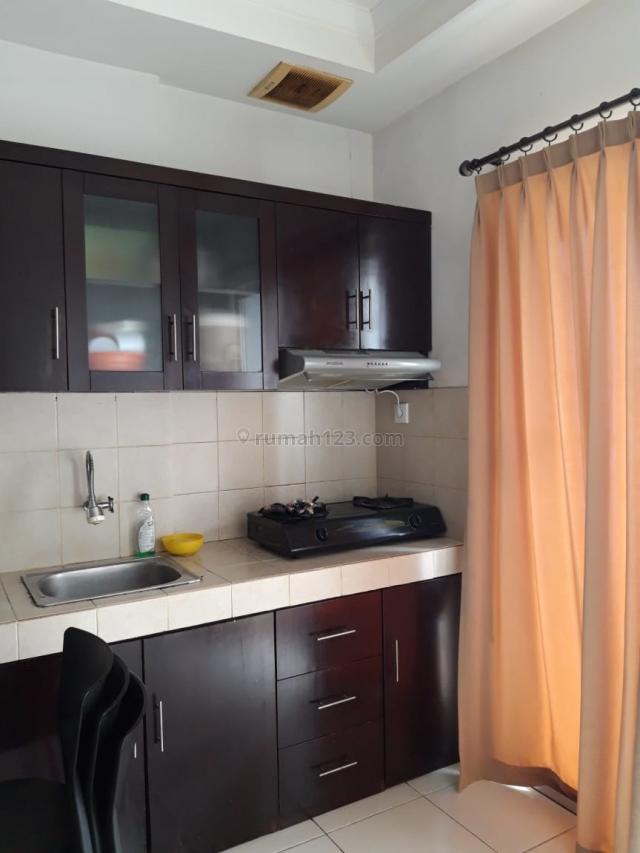 Apartemen Mediterania Garden Residence 2 Luas 42m2 2BR Mid Floor View Pool Harga 58 Juta, Central Park, Jakarta Barat