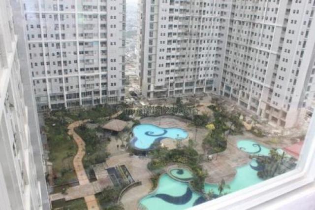 Season City Apartemen 1BR Semi Furnish Middle Floor View City, Jembatan Besi, Jakarta Barat