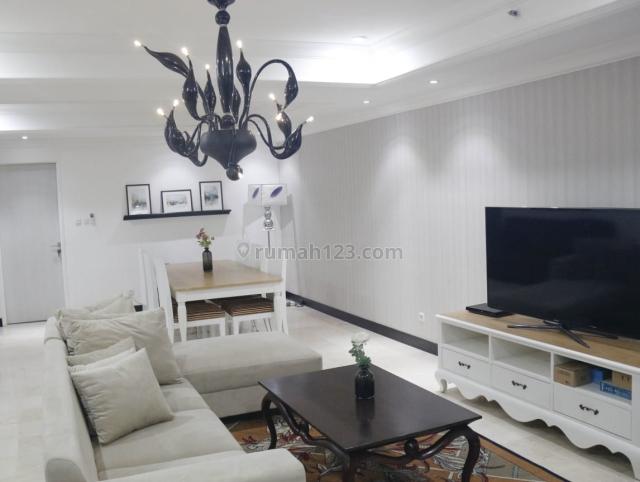 Good Unit Apartment Golfhill Terrace 3 Br Fully Furnished, Pondok Indah, Jakarta Selatan