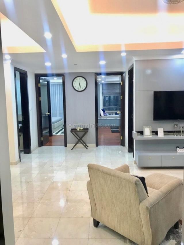 Modern Furnished 3 Bedrooms in Sudirman Mansion Owtat, SCBD, Jakarta Selatan