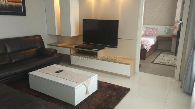 Apartement 1 park residence 2 bedroom good furnish, Gandaria, Jakarta Selatan
