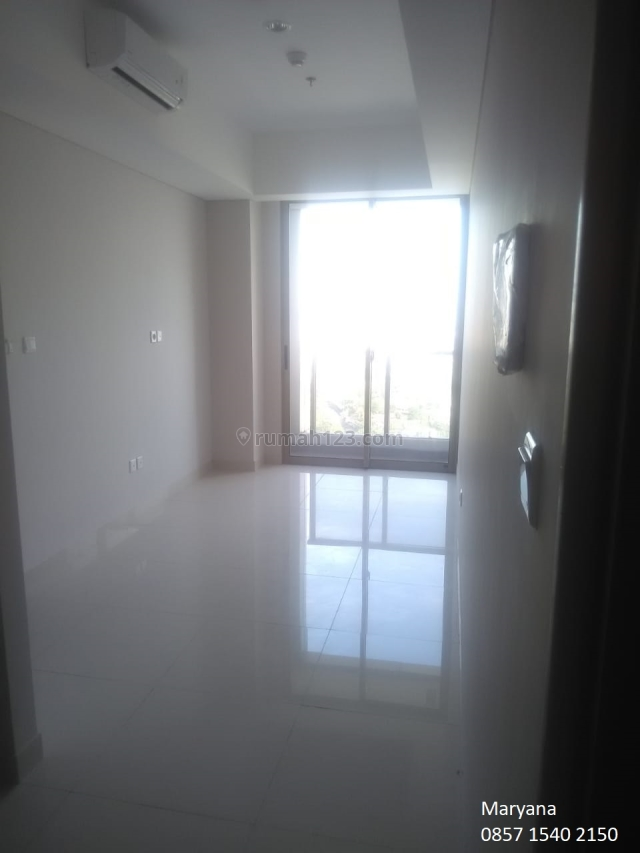 Apartemen Taman Anggrek Residences 2BR Unfurnish lokasi strategis Siap Huni, Taman Anggrek, Jakarta Barat