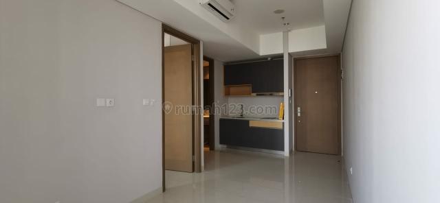 TA Res tipe 1bed 38m2 semi furnish high floor Unit Ready, Taman Anggrek, Jakarta Barat
