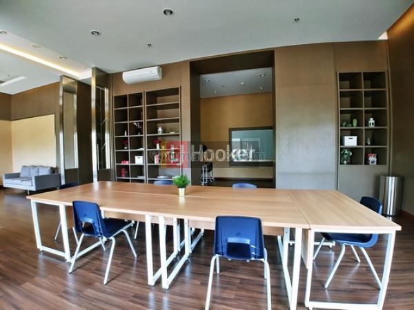 Unit Apt.Kensington Royal Suites Semi Furnished Siap Beli, Kelapa Gading, Jakarta Utara