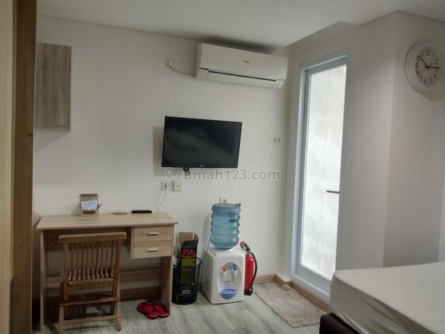 Apartemen Bintaro Icon Type Studio Furnished Low Floor, Pondok Aren, Tangerang