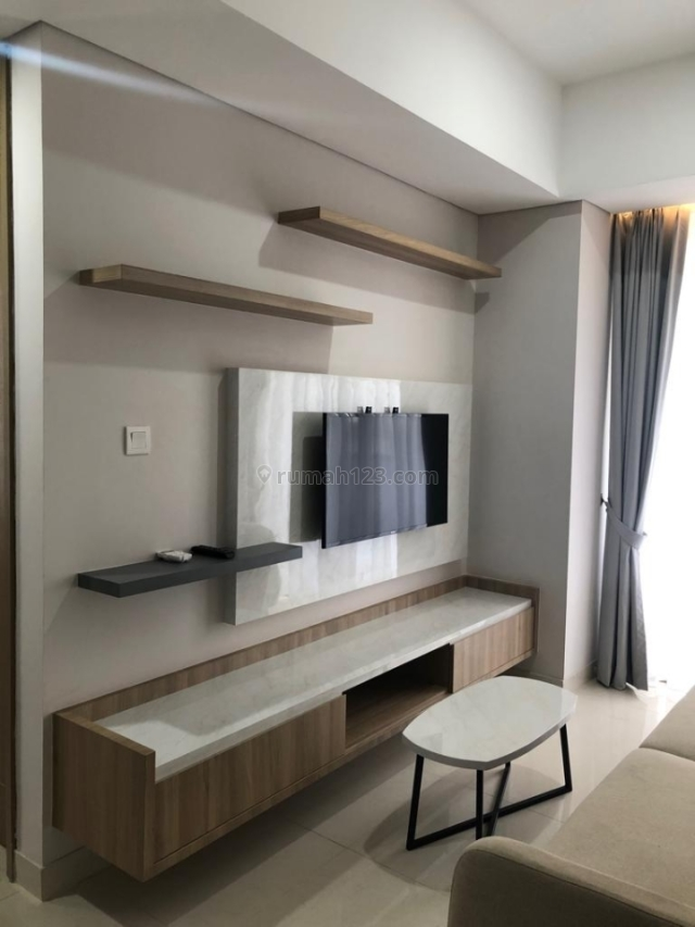 SUPER MURAH ....Apartemen Taman Anggrek Residences , Type 2 Bedroom , Furnished , Dengan Banyak Fasilitas Mewah, Taman Anggrek, Jakarta Barat
