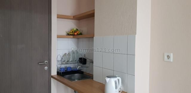 Apartemen Emerald Residence Type Studio Furnished Low Floor, Pondok Aren, Tangerang