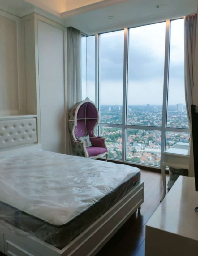 Apartemen Kemvill Tower cosmo Penthouse luas 250m2 4Br, 2 bathroom, Kemang, Jakarta Selatan
