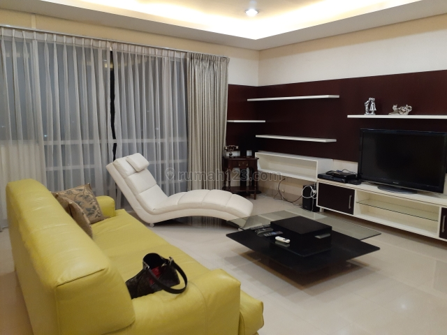 AVAILABLE TYPE TU, SAHID SUDIRMAN RESIDENCE, SIZE 180 M2, MIDDLE FLOOR, DIRECT OWNER, Karet Tengsin, Jakarta Pusat