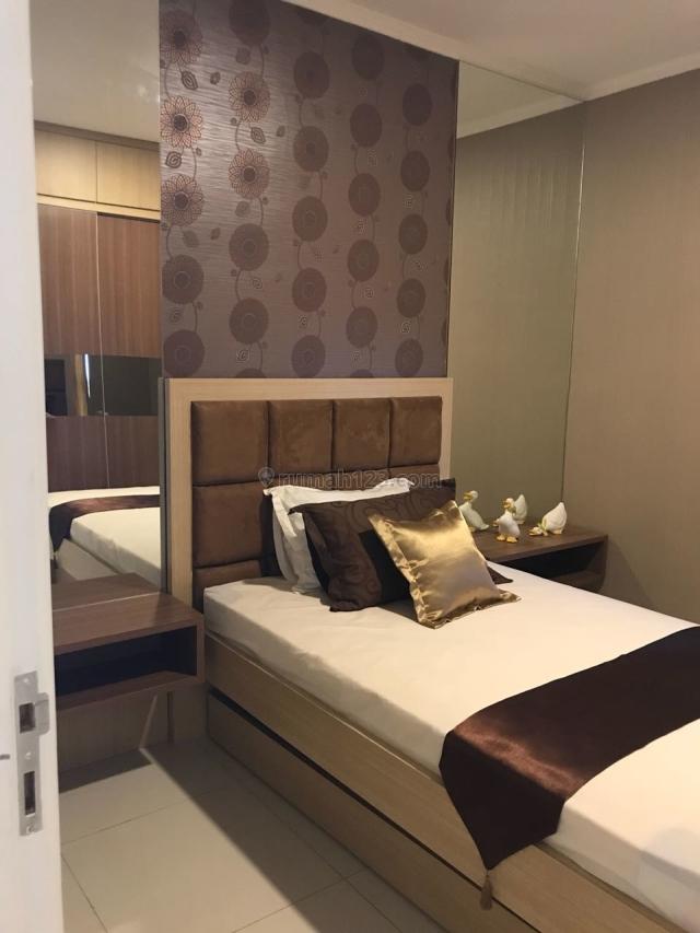Apartemen Ciputra World Tower Via Full Furnish view Pooll, Dukuh Pakis, Surabaya