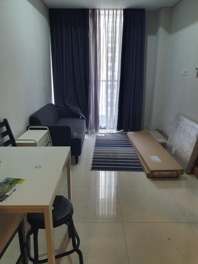 Apartemen Taman Anggrek Residence 1BR Full Furnished Lantai Tinggi, Taman Anggrek, Jakarta Barat