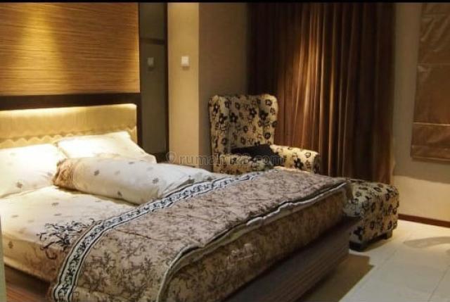 Apartemen Royal Mediterania Studio Furnished Lantai Tinggi, Tanjung Duren, Jakarta Barat