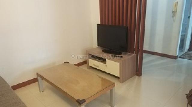 Apartemen Sudirman Park 2 Bedroom Lantai Tengah Full Furnished, Tanah Abang, Jakarta Pusat