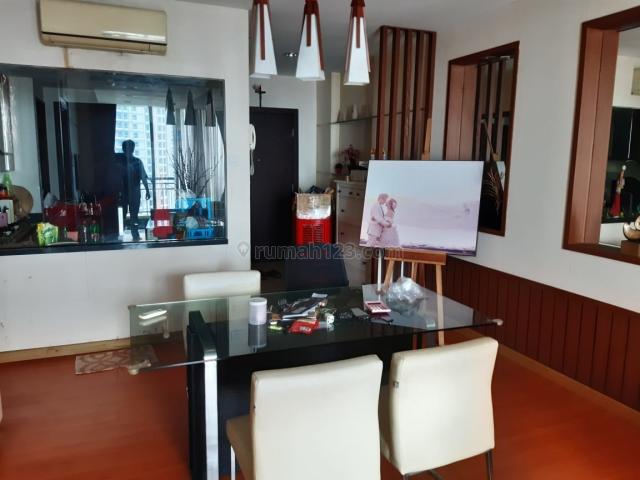 Apartemen Central Park Lantai Tinggi Full Furnish Bagus 2+1 Bedroom Tower Alaina, Central Park, Jakarta Barat