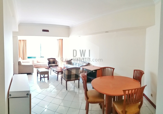 Taman Anggrek Condo with 2 and 1 Bedrooms Full Furnish Low Floor with City View, Tanjung Duren Selatan, Jakarta Barat
