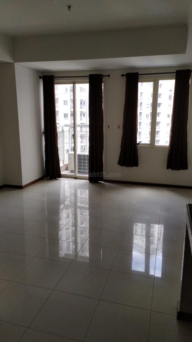 Apartemen Royal Mediterania garden residences studio semi furnish, Tanjung Duren, Jakarta Barat