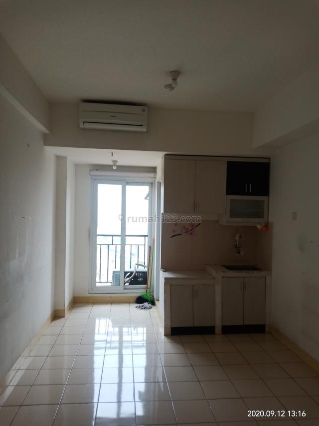 Apartemen Puri Park View Tower C studio lt 20 hdp pool/selatan BU, Kebon Jeruk, Jakarta Barat