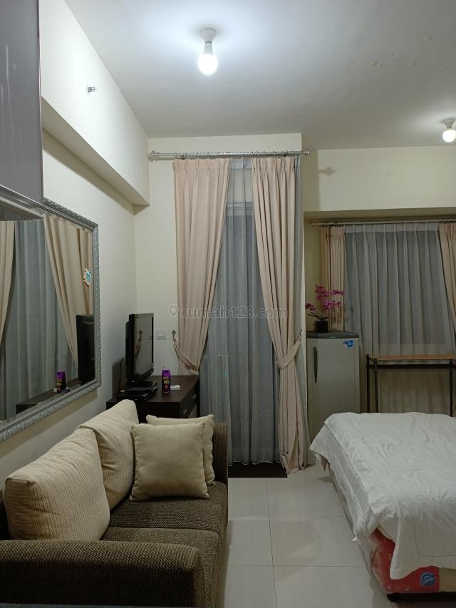 Very recommended Westmark Apartment Taman Anggrek studio furnised good, Grogol, Jakarta Barat