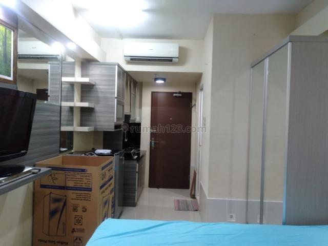 Apartemen Puri Park View Tower A lt 5 studio full furnish hdp pool, Kebon Jeruk, Jakarta Barat