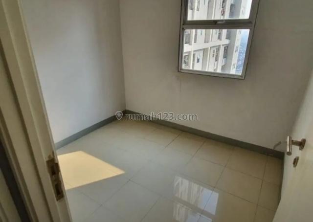 apartemen season city, 2 bedroom unfurnished lantai sedang view pool, Ancol, Jakarta Utara