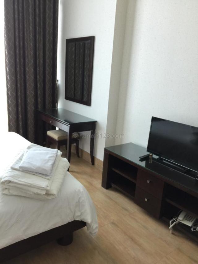 Apartemen Senayan City 3 BR 207 sqm Golf View Private Lift $ 3500 ERI Property Jakarta Selatan, Senayan, Jakarta Selatan
