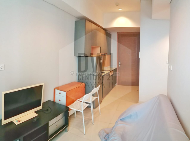 NEVER BEEN TOUCHED BEFORE UNIT 2BR MOUNTAIN VIEW Furnish New Unit HIGH FLOOR, Tanjung Duren Selatan, Jakarta Barat